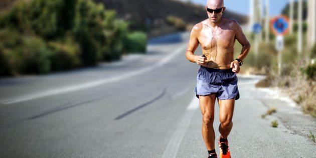 Come vestirsi per correre con il caldo