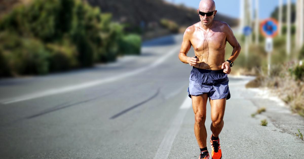 Abbigliamento running estivo: come vestirsi per correre con il caldo