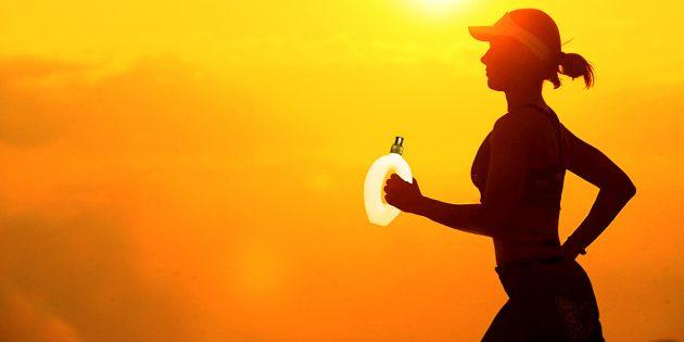 come bere acqua durante la corsa